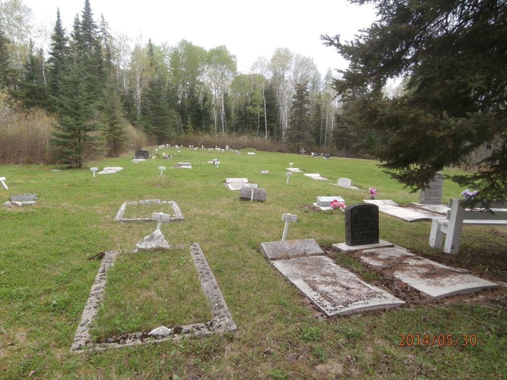 P5300393 bissett cemetery