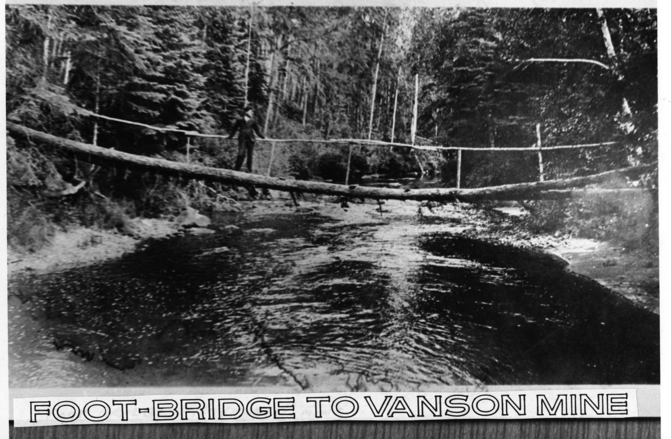 footbridge-to-vanson-mine1005